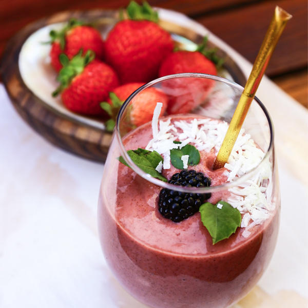 BEAUTIFUL DAY Berry, Coconut & HoneyShot Smoothie